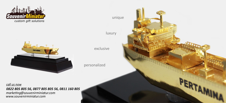 Header Souvenir Miniatur